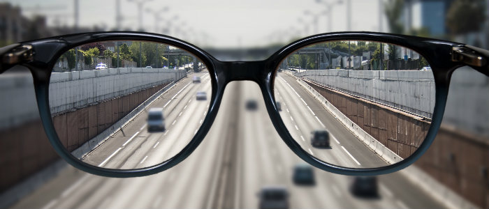 Blurry Vs Cloudy vision: Causes and Treatments