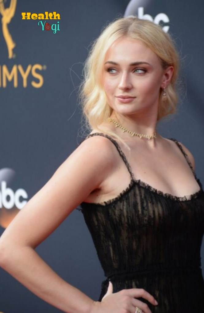 Sophie Turner Diet Plan and Workout Routine