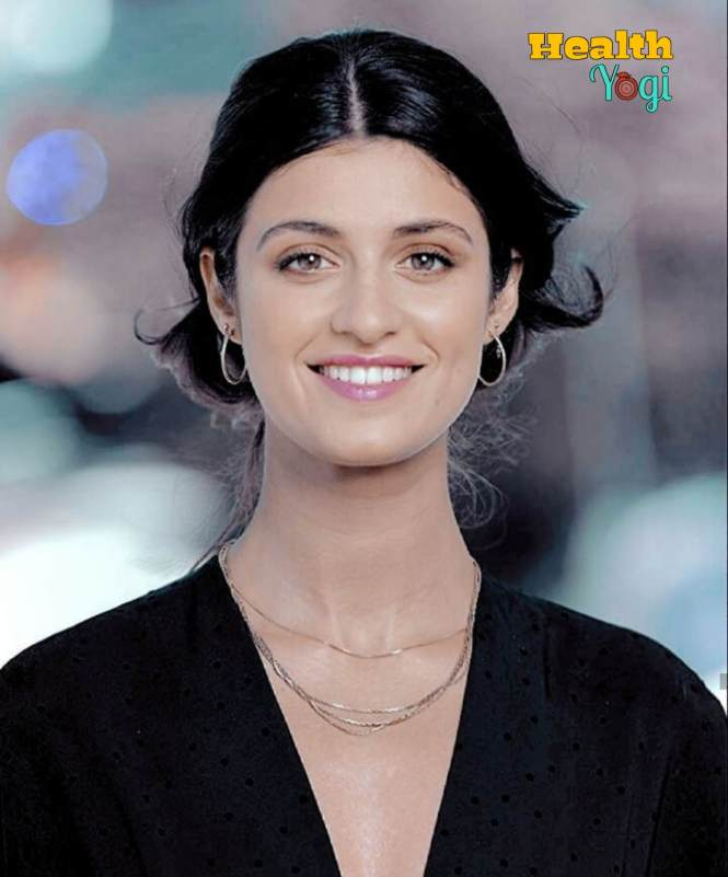 Beautiful Anya Chalotra