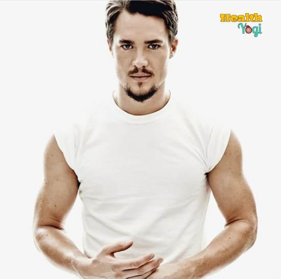 Alexander Dreymon Workout Routine and Diet Plan