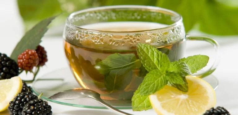 Health and Beauty Benefits of Drinking Green Tea