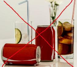 जानिए जूस पीने के फायदे और कोल्ड ड्रिंक पीने के नुकसान / Fruit Juice Vs Cold Drinks and Health Risk