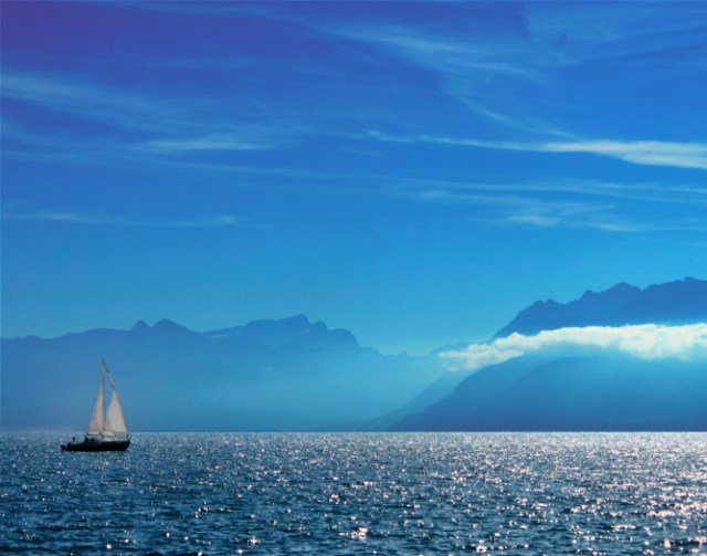 Sailing in Lake Geneva
