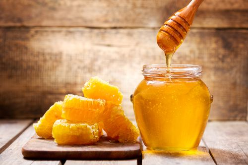 Unpasteurised raw honey