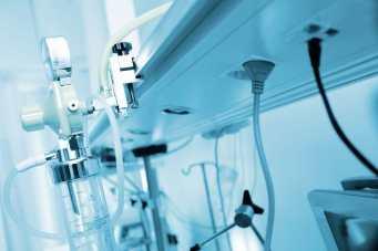 Medical oxygen equipment. Copyright: <a href='https://www.123rf.com/profile_sudok1'>sudok1 / 123RF Stock Photo</a>