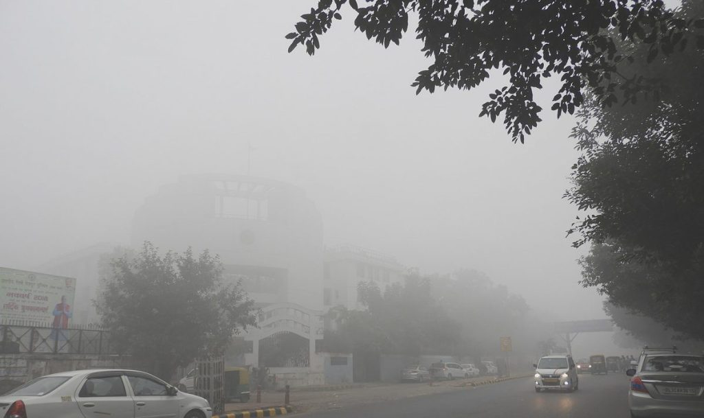Air pollution. Delhi's air quality continues to plummet: Article source