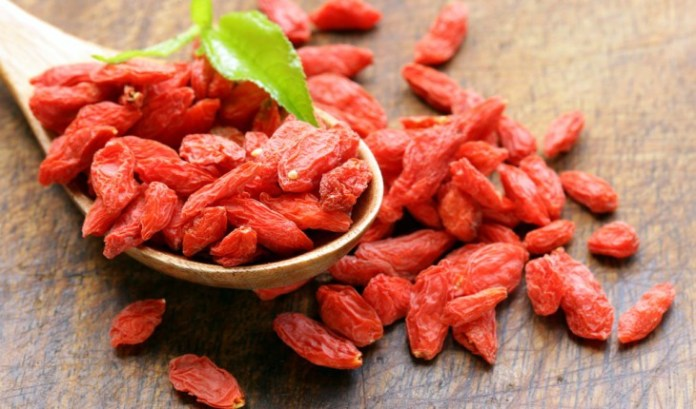 Goji berries benefits, goji berries side effects