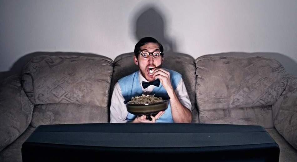 Binge Watching Habit Triggers Insomnia and Fatigue
