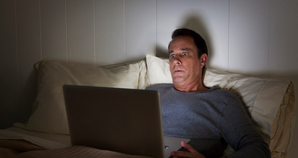 Here's Why Binge Watching Can Affect Your Sleeping Pattern
