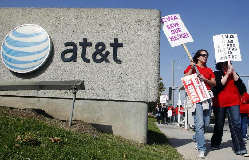 Californians Angered With AT&T For Charging For A Service They Never Received
