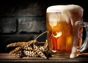 8 Reasons to Start Drinking Beer for Its Healthy Benefits