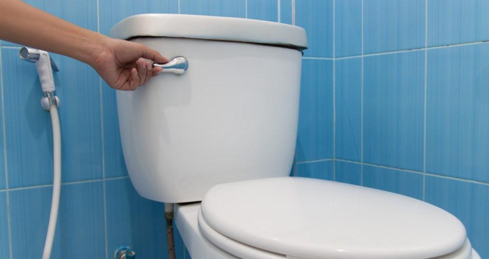 How to Avoid Fainting on the Toilet