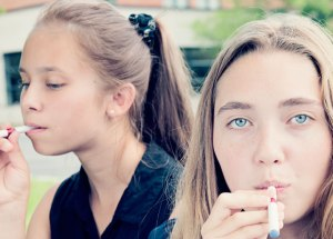 Vaping Electronic Cigs Almost Killed An 18-Year-Old Girl From Pennsylvania Who Needed Hospitalization To Recover