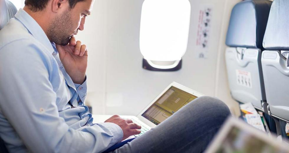 How to Reduce Stress While Business Traveling