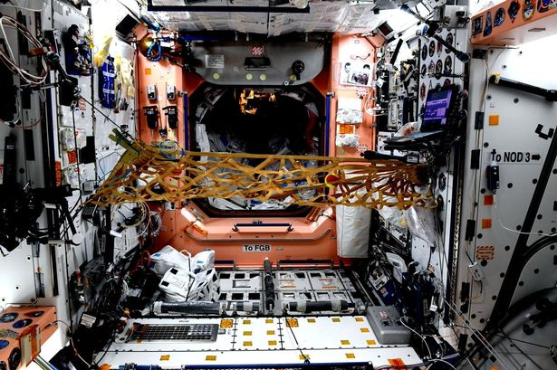 First Tennis Match In Space To Take Place Tonight Between The ISS Astronauts – Watch it LIVE!