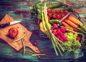 Anti-Aging Dietary Habits That Help You Look Younger