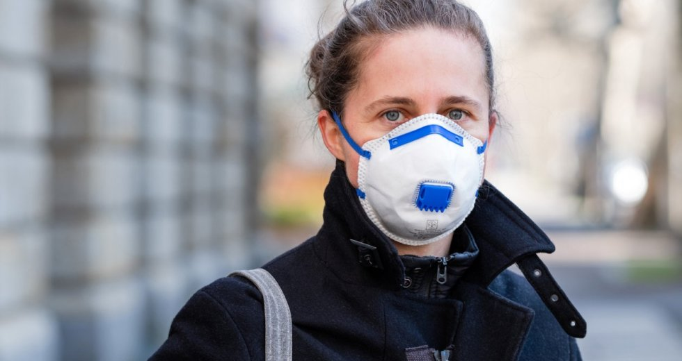 Face Masks' Effectiveness During the COVID-19 Outbreak Was Reexamined