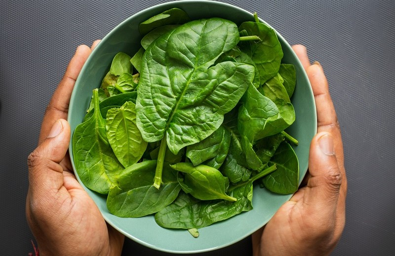 Spinach Has These Secret Side Effects, As Per New Research