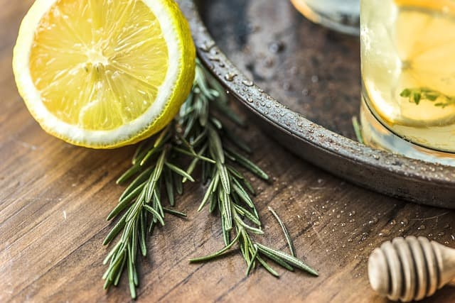 benefits of lemon and onion juice for hair