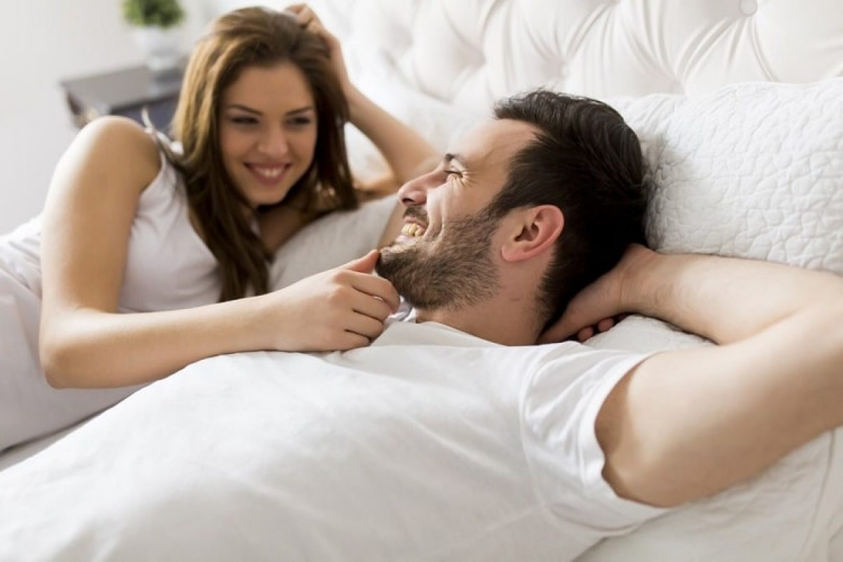 How To Impress A Man On Bed In Hindi - Decode Your Man S