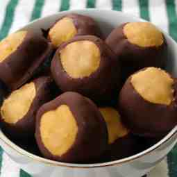 Chocolate Peanut Butter Buckeyes