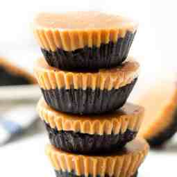 Healthy Dark Chocolate Peanut Butter Cups