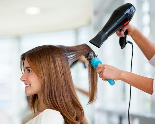 تصفيف الشعر بالسيشوار يسبب تقصف الشعر