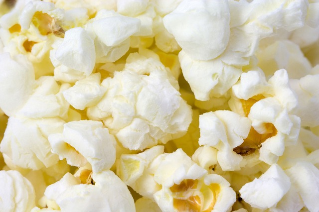 Low Fat Popcorn: 5mg per 100g