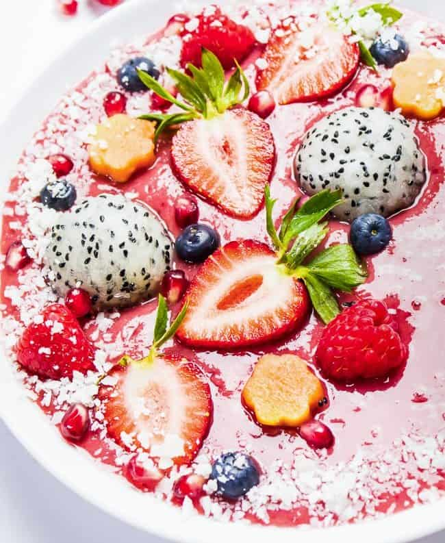 Razzmatazz Smoothie Bowl