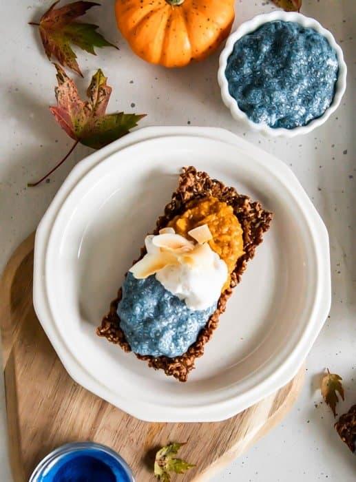 Pumpkin and Chia Pudding Granola Tarts