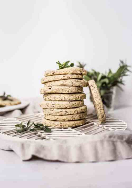 savory herb shortbread biscuits