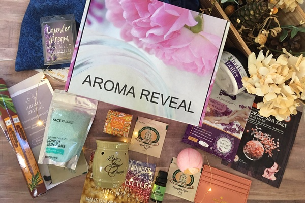 Aroma Reveal Self Care Subscription Box