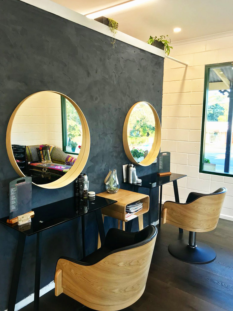 Photo Salon Feng Shui natural clay feature wall for eco-hair salon • healthy