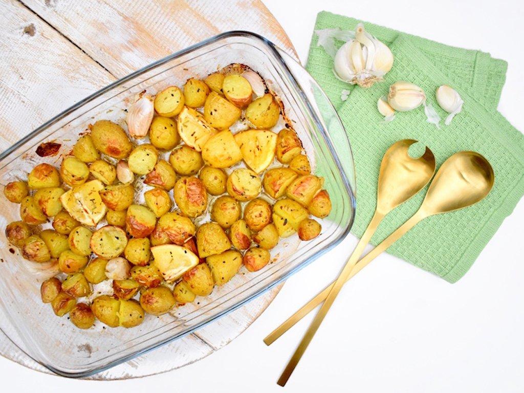 Aardappeltjes uit de oven met knolfook en rozemarijn | Bijgerecht