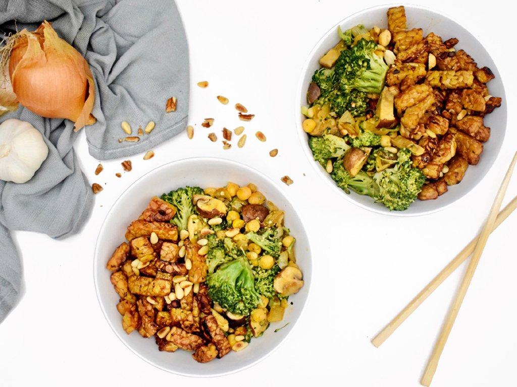 Broccoli wokschotel met tempeh | Wok gerecht | Healthy Wanderlust