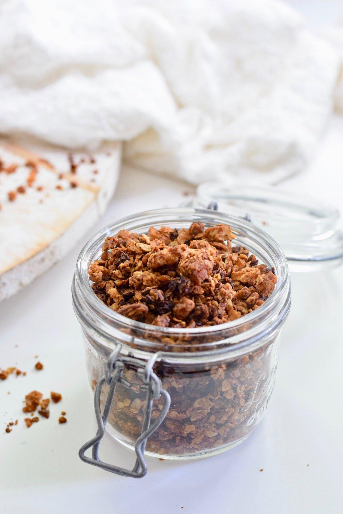 Pindakaas granola | Zelf granola maken | Healthy Wanderlust