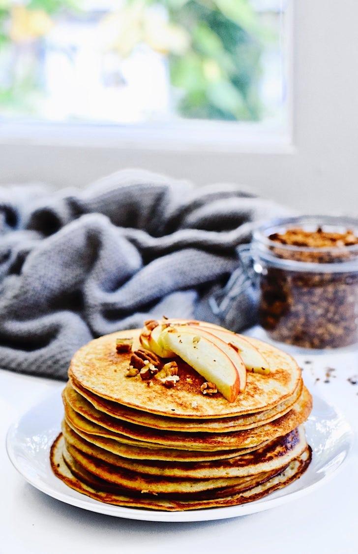 Eiwitrijke tofu pannenkoeken | Vegetarisch recept | Healthy Wanderlust
