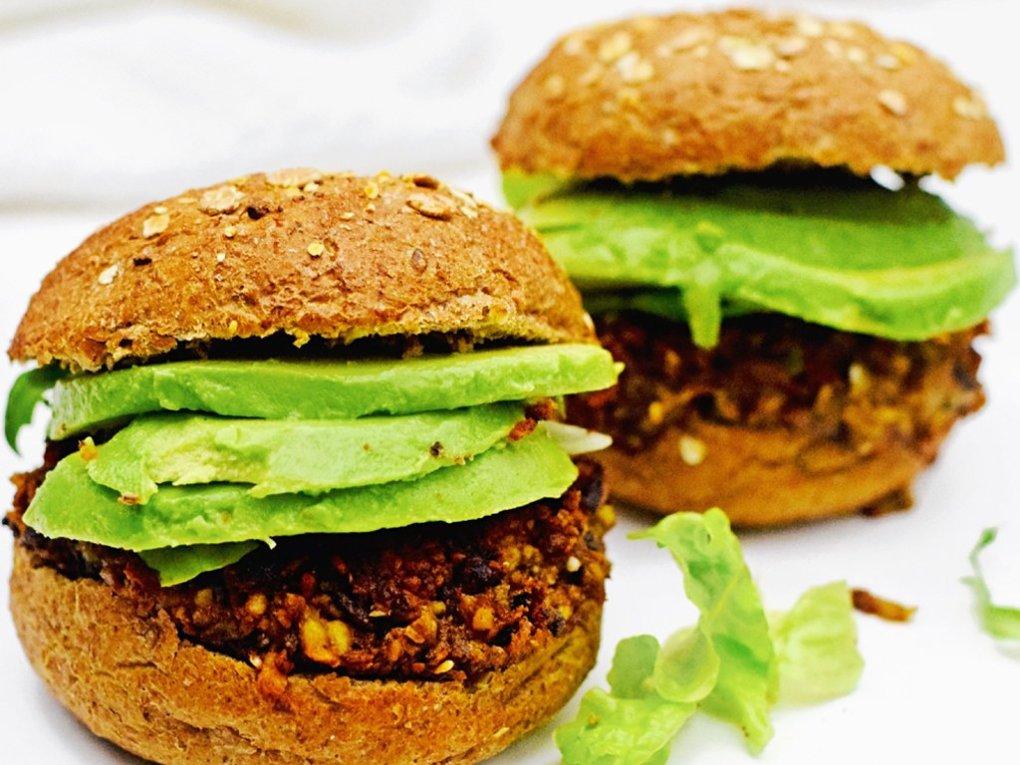 Vegetarische tempeh burger