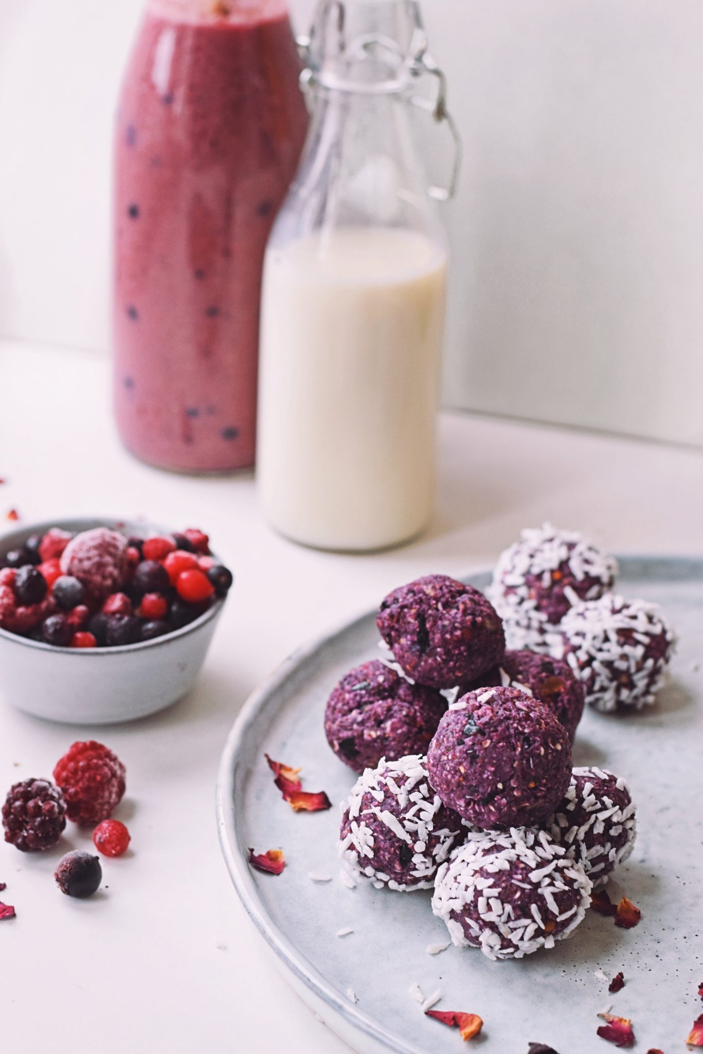 Recept voor Valentijnsdag: bliss balls van frambozen | Gezonde snack