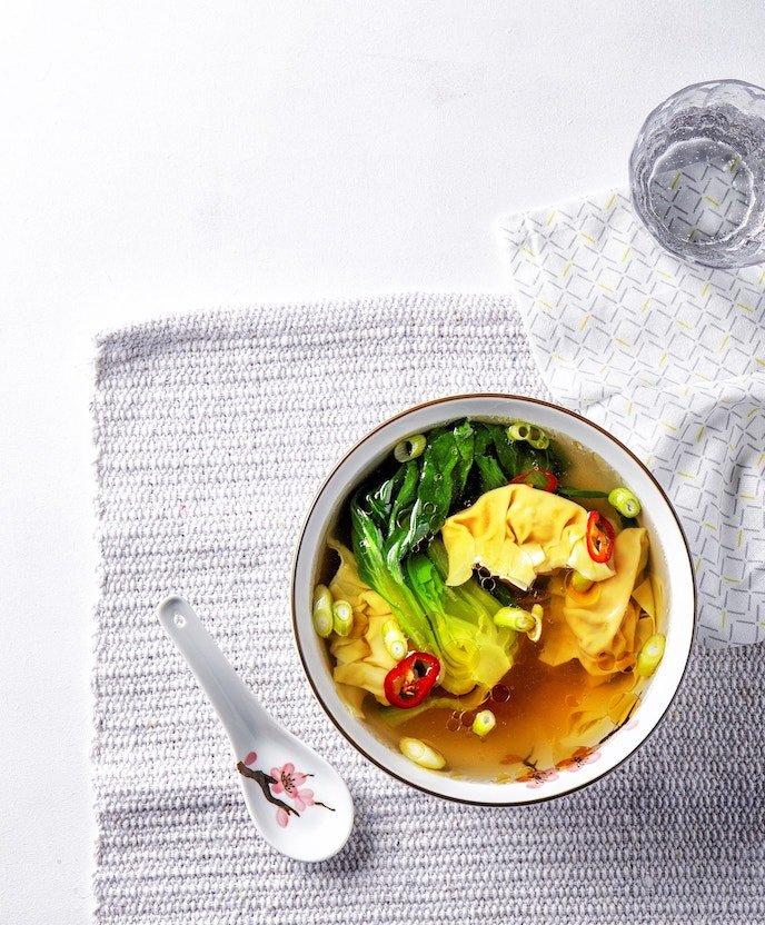 Wontonsoep met paksoi | Vegetarisch recept | Healthy Wanderlust