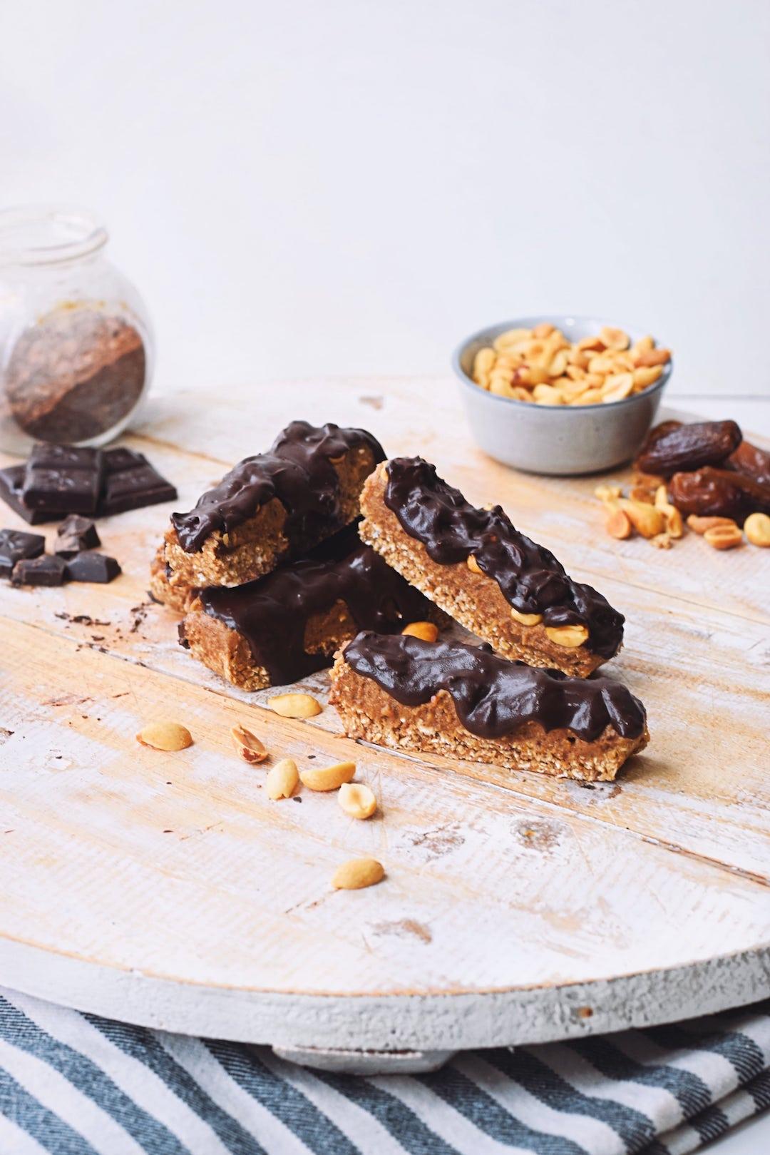 Eiwitrijke vegan snickers   Verantwoord snack recept