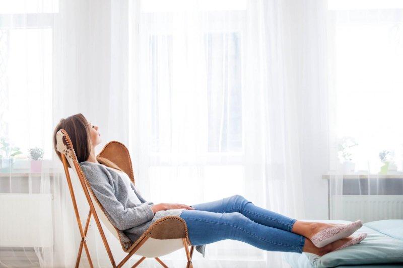 Een ontspannen sfeer in huis met deze 4 interieurtips