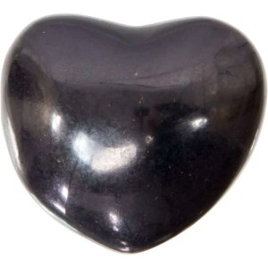 Carved gemstone heart - shungite.