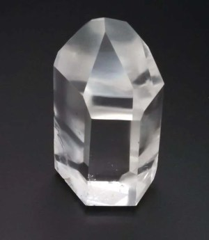 Three inch high clear quartz generator.