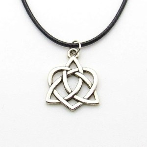 Metal Celtic knot heart pendant-silver