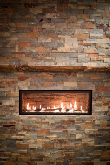 4415 High Output Linear Fireplace