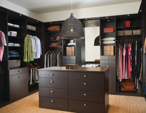 Kelowna Custom Closets An Impressive Place To Dress