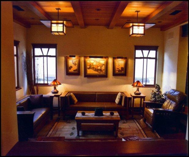 arts and crafts living room | Centerfieldbar.com