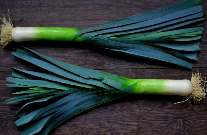 Whole leeks
