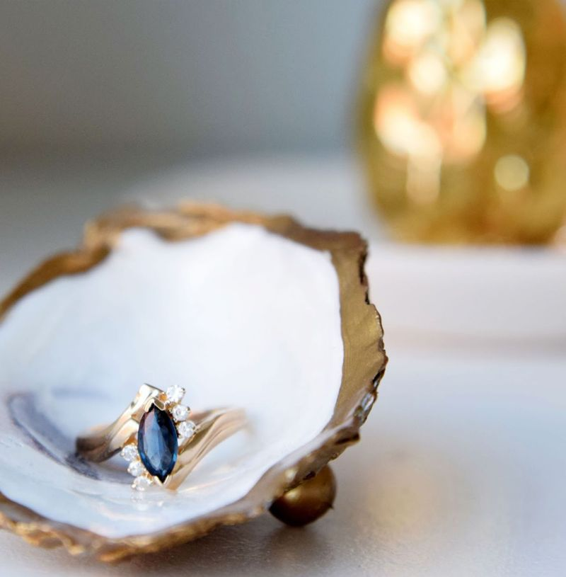 Treat Yourself: Buying Vintage Sapphire Rings on Etsy